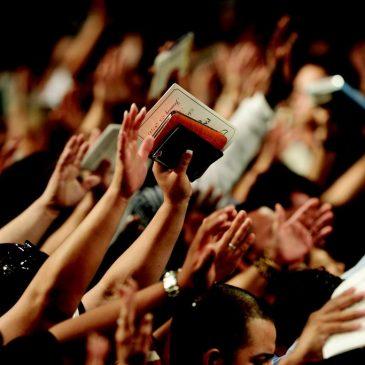 L'adoration et la louange chassent les démons.