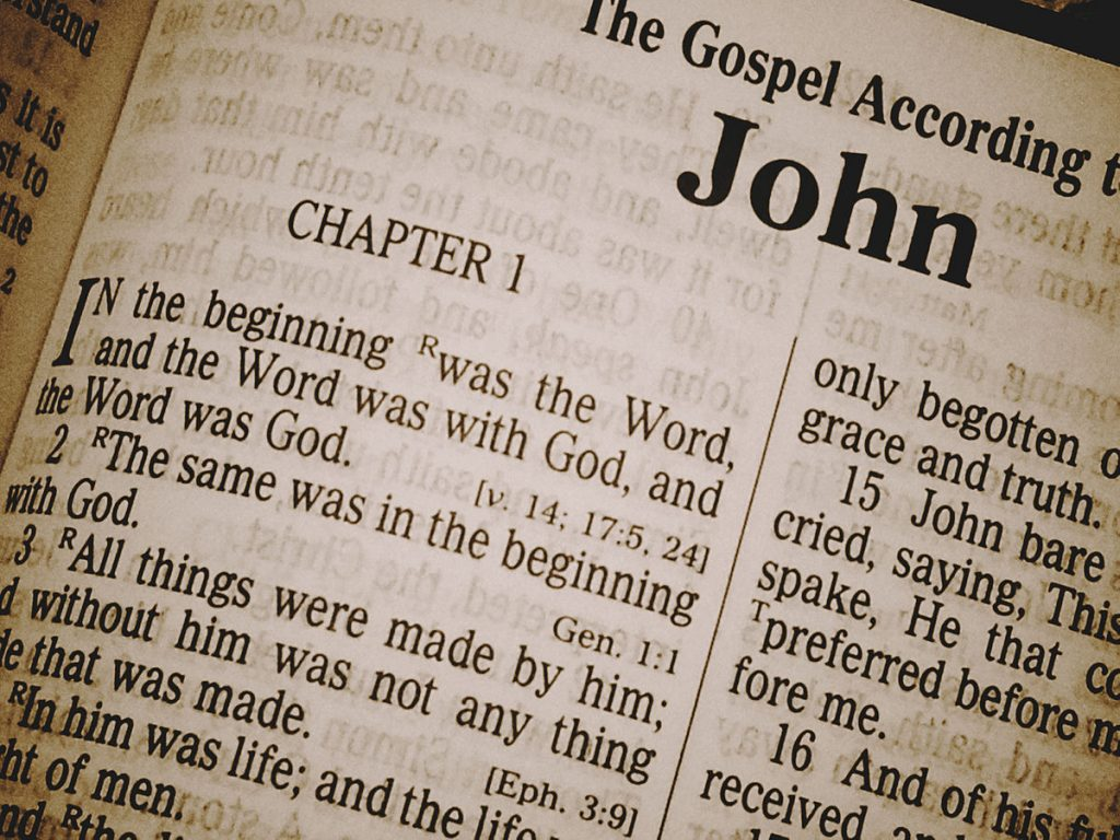 Dieu lié par les Écritures
