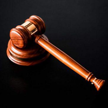 6 malédictions pour avoir administré l'injustice