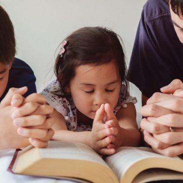 Entraînez votre enfant dans les voies de Dieu