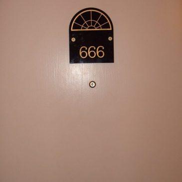 Évitez le numéro 666.