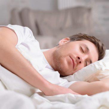 Les démons qui attendent jusqu'à ce qu'un chrétien sommeils